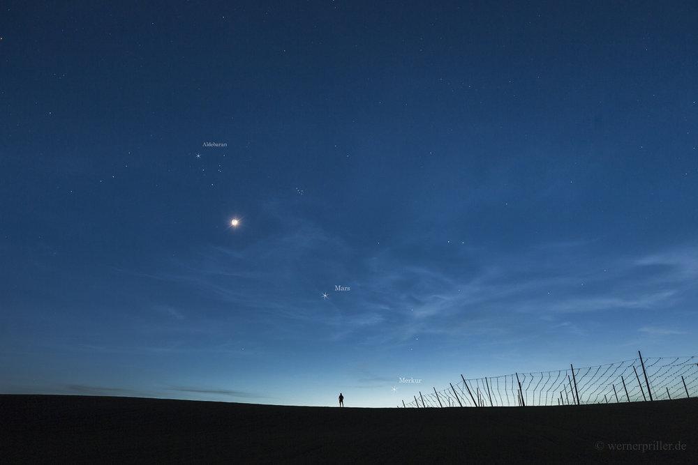 Mond bei Mars, Merkur, Hyaden und Plejaden, 31.03.2017