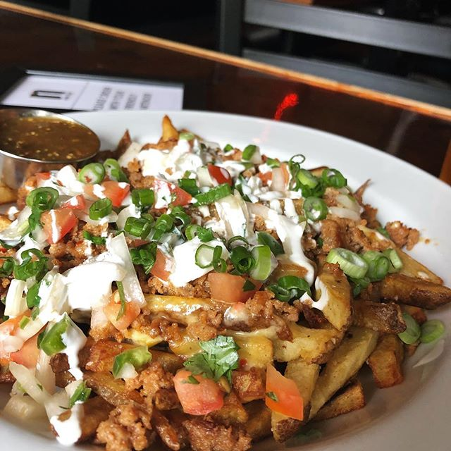 Chorizo Fries Spicy chorizo sausage, cheese, cream and Pico de Gallo #chorizofries  #getinmybelly  #nomnomnom . . . #pdxnow #pdxdrinks #pdxeats #traveloregon #sepdx #clintonstreet #stnl #cocktails #cocktail #northwest #eater #eaterpdx #nightlight #nightlightlounge #pdx #oregon #portland #portlandoregon #portlandnw #portlanddrinks #do503 #travelportland #pdxpipeline #discoverportland #pdxmusic #pdxbars