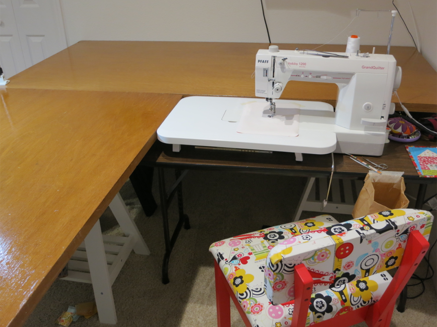 Linda's domestic machine quilting set-up at home.