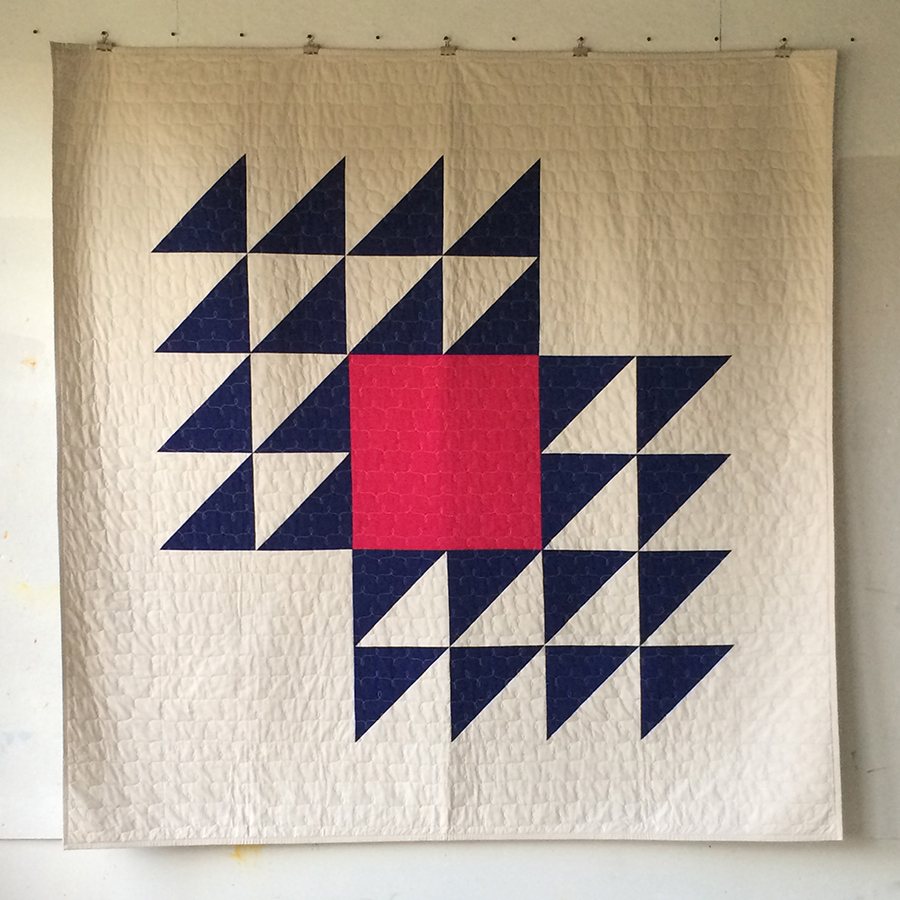 Learn large-scale piecing and make this beautiful quilt in the Saturday workshop.