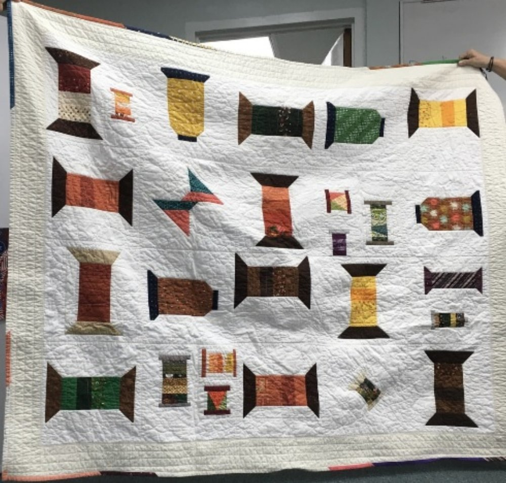 Emerald Coast MQG Spools BOM quilt by Lariane Acosta