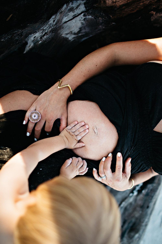 JulieMaternitySocialMedia-46.jpg