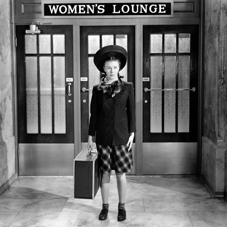 Ginger-Rogers-in-22The-Major-and-the-Minor22.jpg
