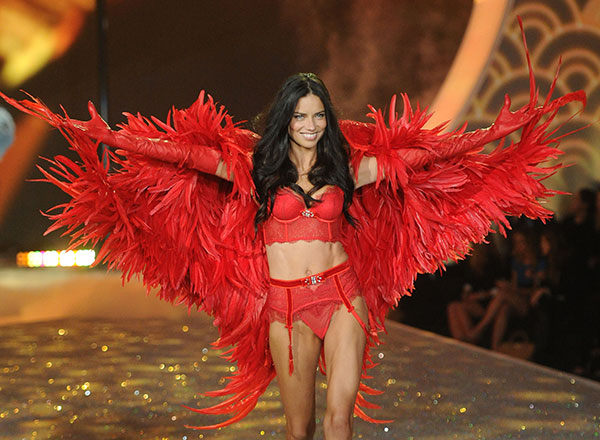 Adriana Lima, Getty Images