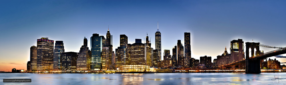 Manhattan from Brooklyn Bridge Park.    3 images were used to create this panorama.Original image is 14944 X 4432, but due to its high image size, this one is scaled down to 75%, which is 11208 X 3324.