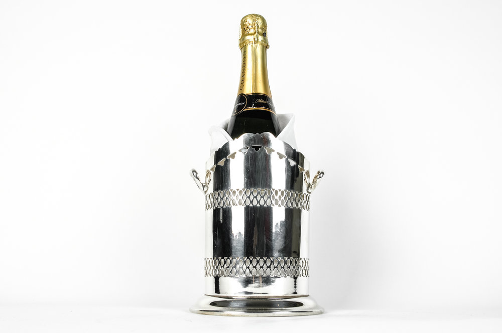 Vintage English Silver Plate Wine/Drinks Bottle Holder . u2014 La Maison Supreme Ltd.  sc 1 st  La Maison Supreme Ltd. & Vintage English Silver Plate Wine/Drinks Bottle Holder . u2014 La Maison ...