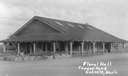 Everett's Floral Hall. // Unknown