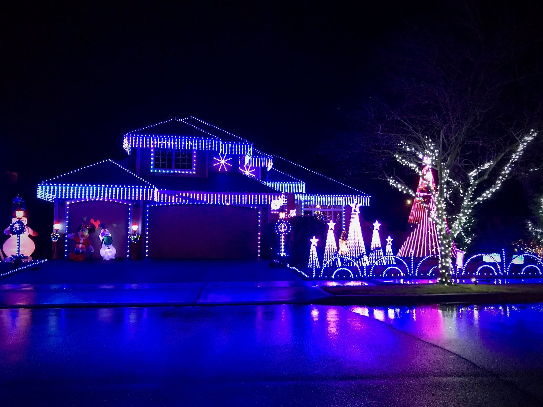 Christmas Light Show Near Me.Everett S Best Christmas Light Show Irwin Family Lights