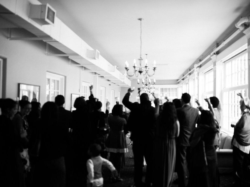 toronto-island-Royal-canadian-yacht-club-wedding-photographer-40