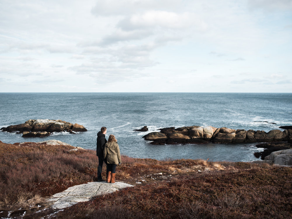 halifax wedding engagement photos at chebucto head