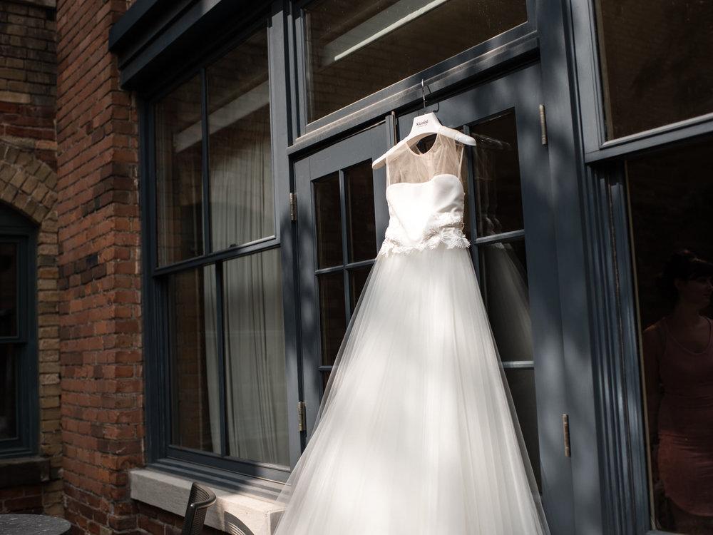 downtown-toronto-george-restaurant-wedding-photographer-9