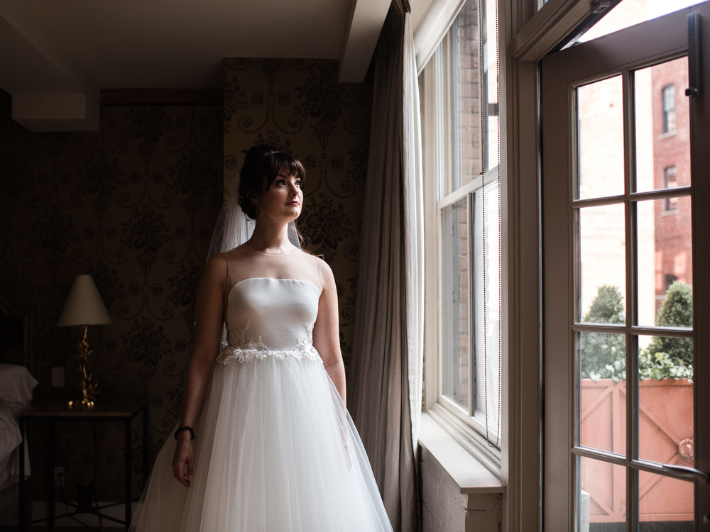 downtown-toronto-george-restaurant-wedding-photographer-14