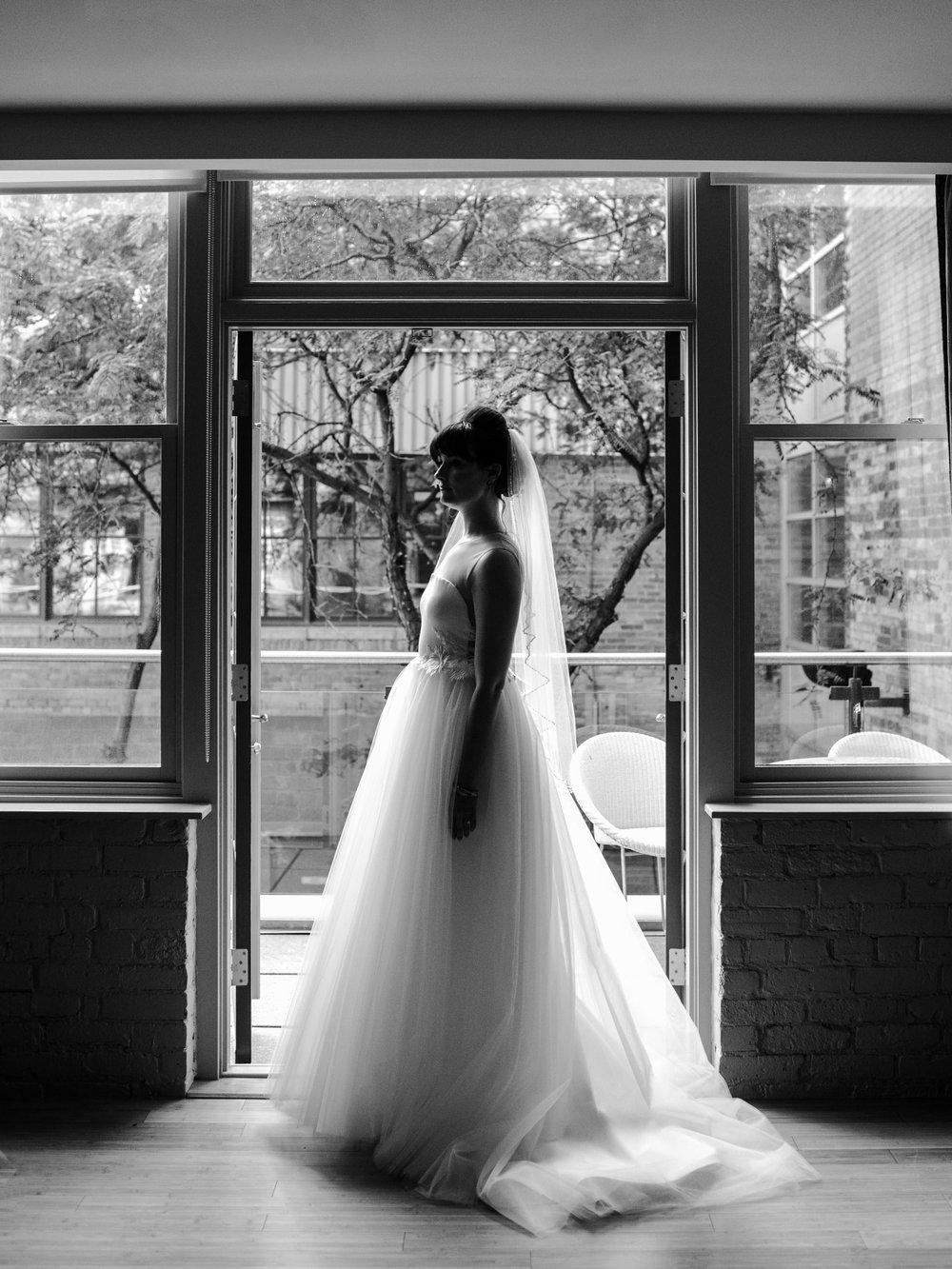 downtown-toronto-george-restaurant-wedding-photographer-15