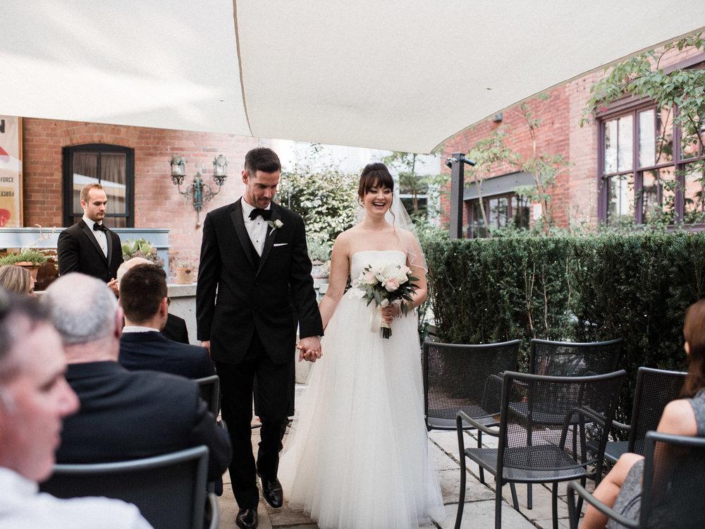 downtown-toronto-george-restaurant-wedding-photographer-40