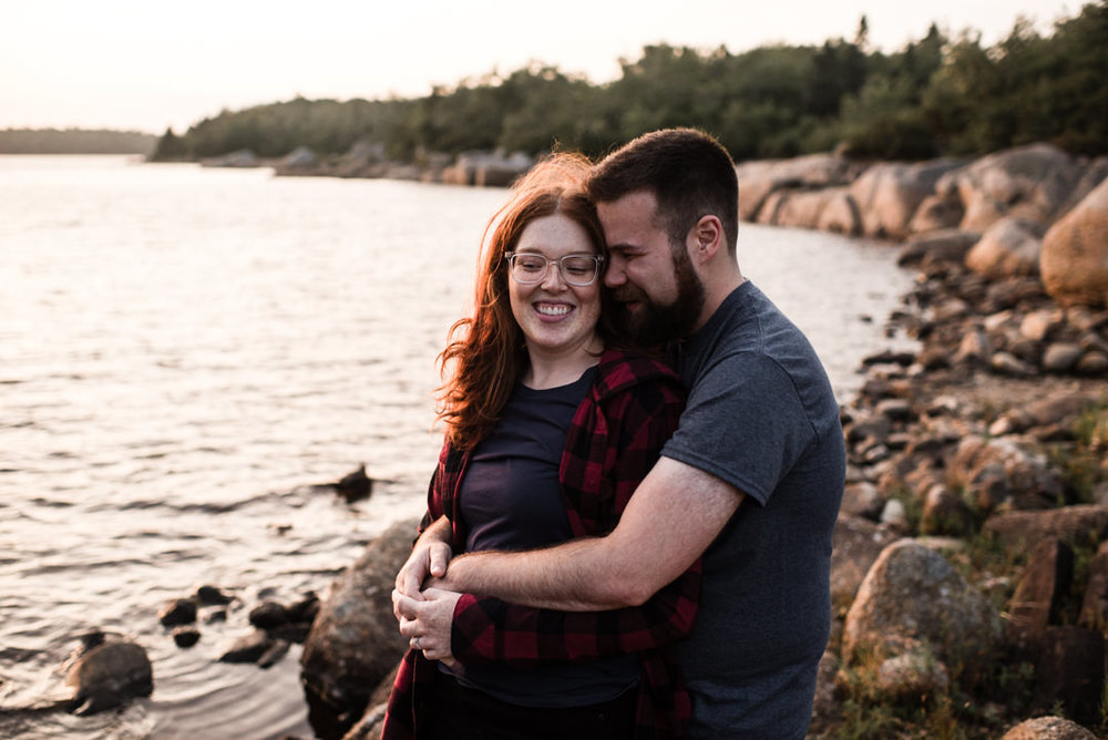 long-lake-provincial-park-engagement-photography.jpg