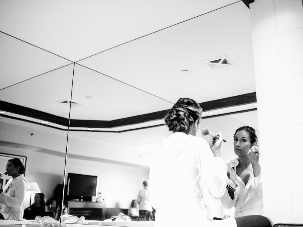 007-bride-getting-ready-toronto-hotel-wedding.jpg