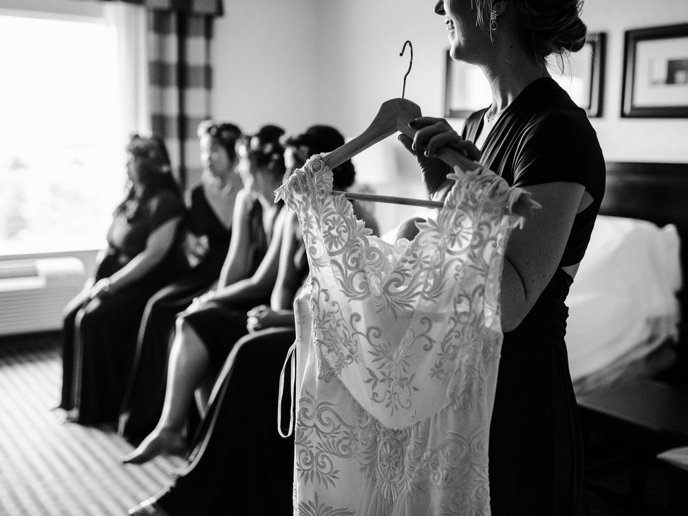 010-bride-getting-ready-toronto-hotel-wedding.jpg