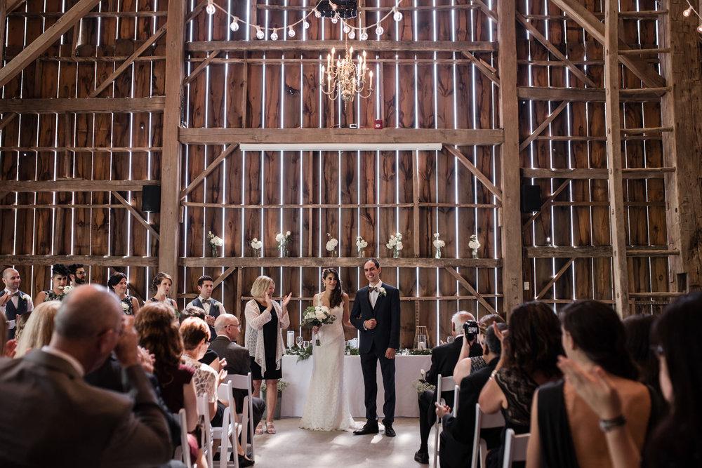 121-wedding-ceremony-in-the-rain-toronto-photographer.jpg