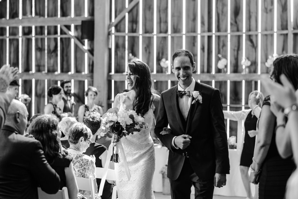 120-wedding-ceremony-in-the-rain-toronto-photographer.jpg