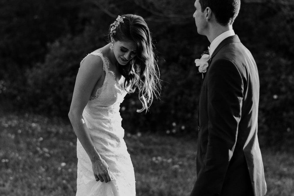102-sydenham-ridge-wedding-bride-portraits-toronto-wedding-photographer.jpg