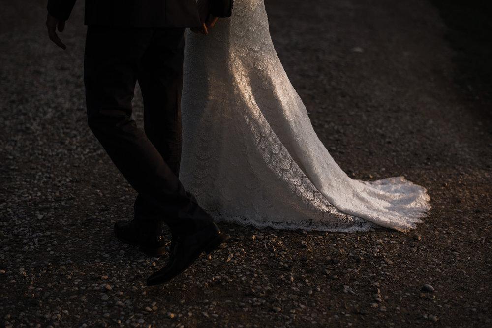 099-sydenham-ridge-wedding-bride-portraits-toronto-wedding-photographer.jpg
