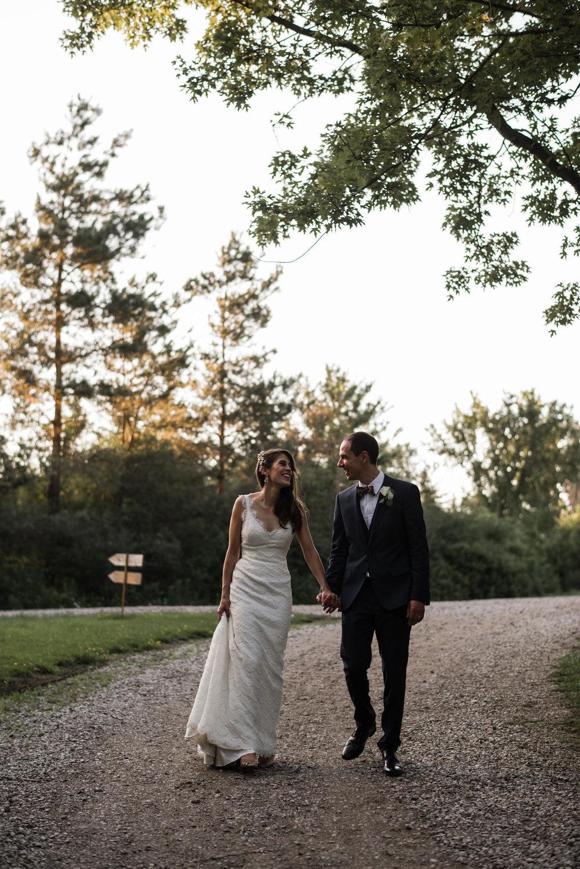 098-sydenham-ridge-wedding-bride-portraits-toronto-wedding-photographer.jpg