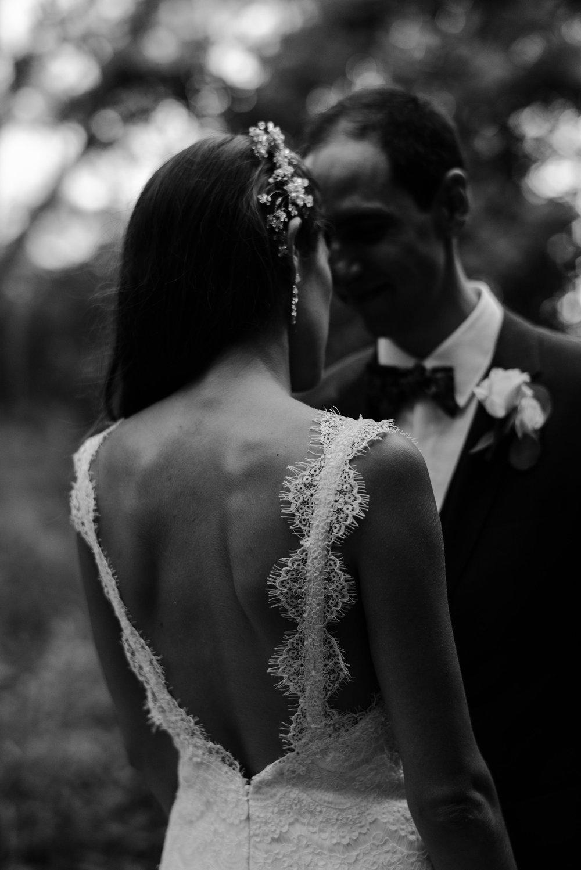 094-sydenham-ridge-wedding-bride-groom-portraits-toronto-wedding-photographer.jpg