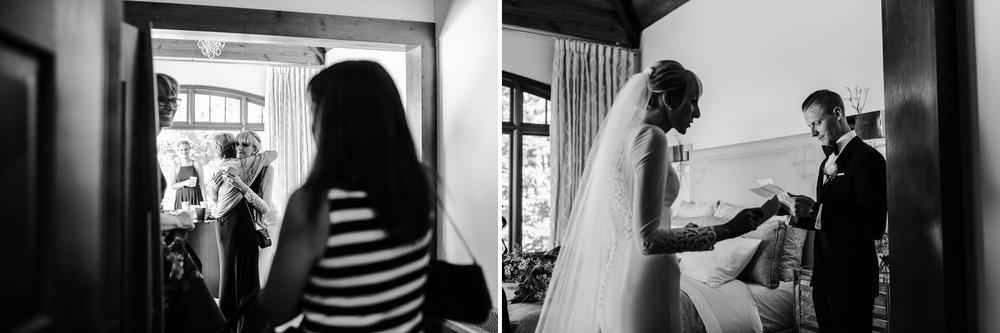 045-bride-getting-ready-toronto-wedding-photographer.jpg