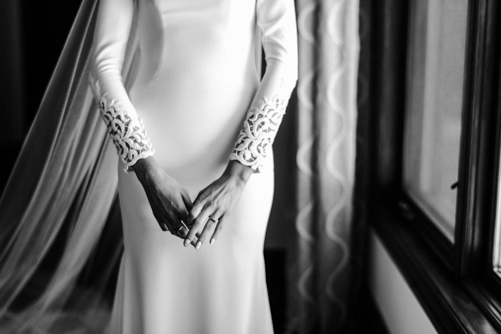 043-bride-getting-ready-toronto-wedding-photographer.jpg