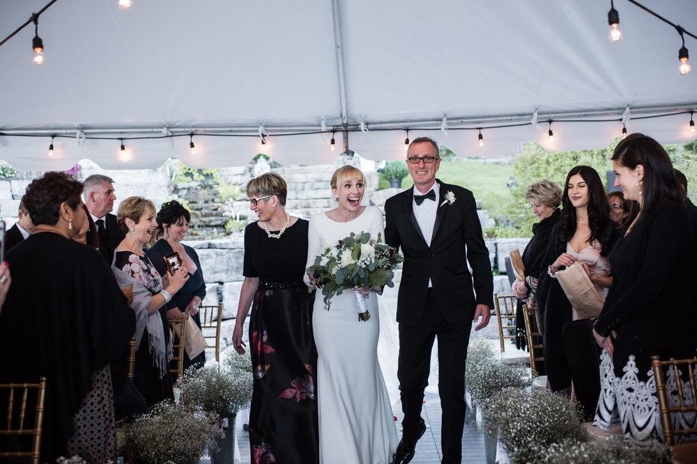 042-ontario-cottage-wedding-photographer-toronto-ceremony.jpg