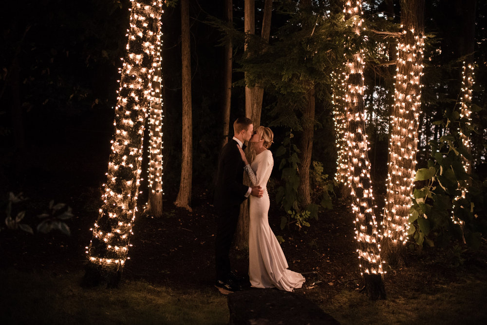 009-tent-wedding-reception-ontario-toronto-cottage.jpg