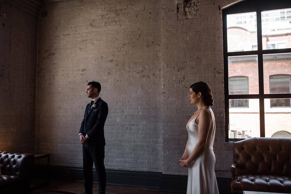 127-storys-building-bride-groom-portraits-toronto-documentary-romantic.jpg