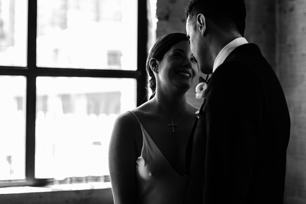 125-storys-building-bride-groom-couple-portraits-industrial-toronto.jpg