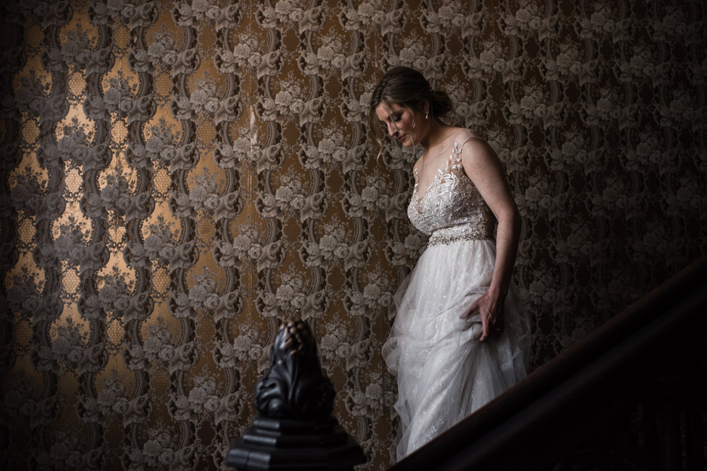 269-elegant-bride-portraits-indoors-wallpaper-toronto-photographer-penryn-park.jpg