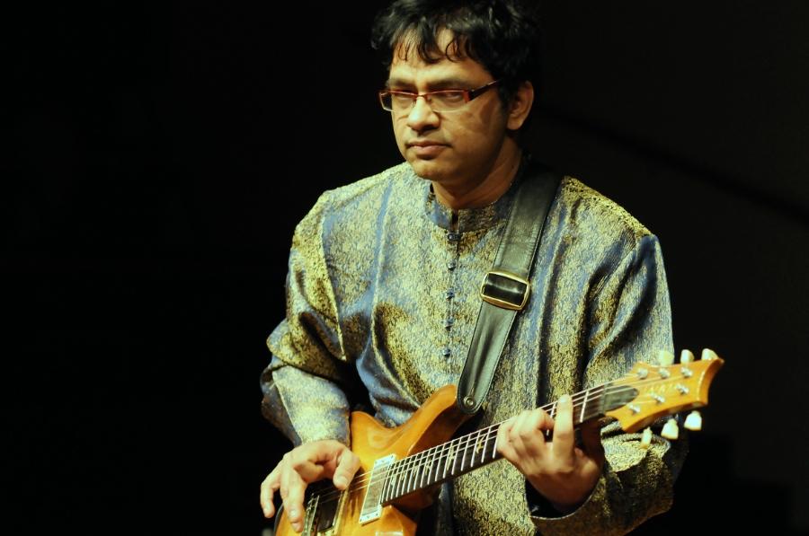 Prasanna - All Terrain Guitar