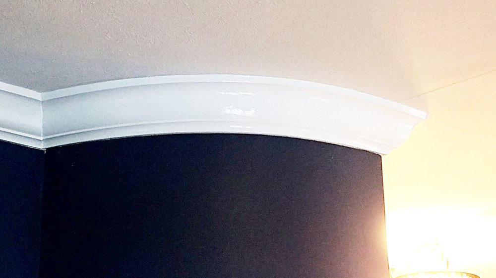 Curved Crown Molding