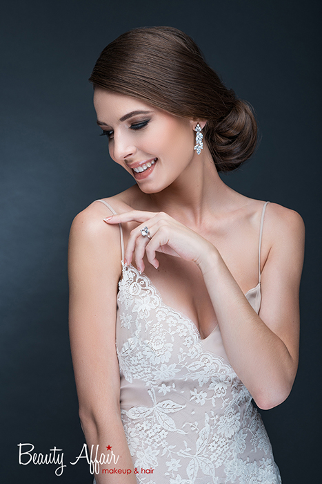 Bridal makeup and hair by Beauty Affair - Agne Skaringa smiling natural
