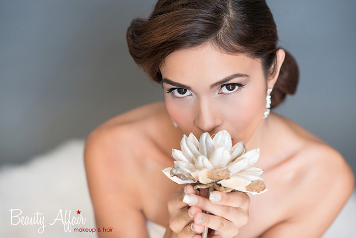 Bridal makeup and hair by Beauty Affair - Agne Skaringa smiling natura flower vanillal