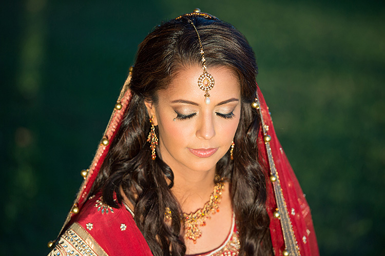 indian bride makeup eyeshadows champagne by Agne Skaringa Beauty Affair