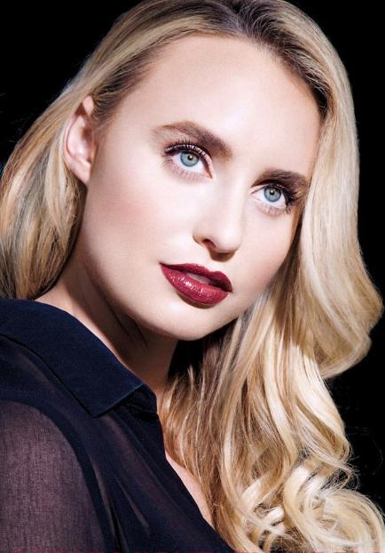 Joelle makeup red lips.jpg