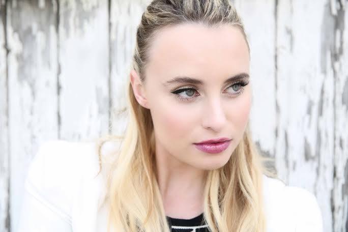 Joelle makeup eyeliner.jpg