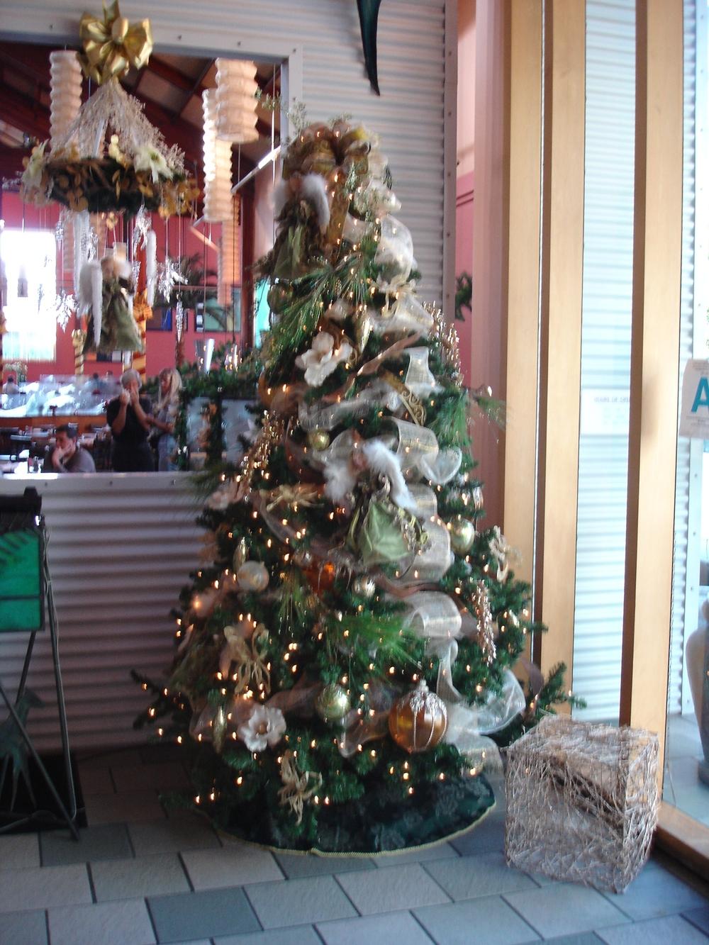 Christmas at Paradise 006_1.jpg