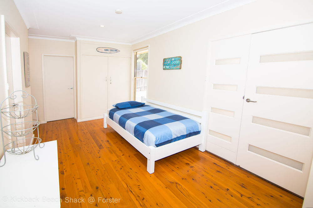 Forster-Accommodation-and-Pet-Friendly-Holiday-House-NSW-rest