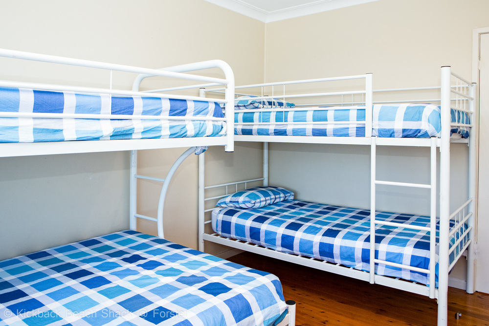 Forster-Accommodation-and-Pet-Friendly-Holiday-House-NSW-bunk-buddies