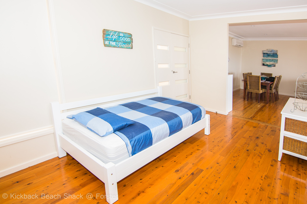 Forster-Accommodation-and-Pet-Friendly-Holiday-House-NSW-relax