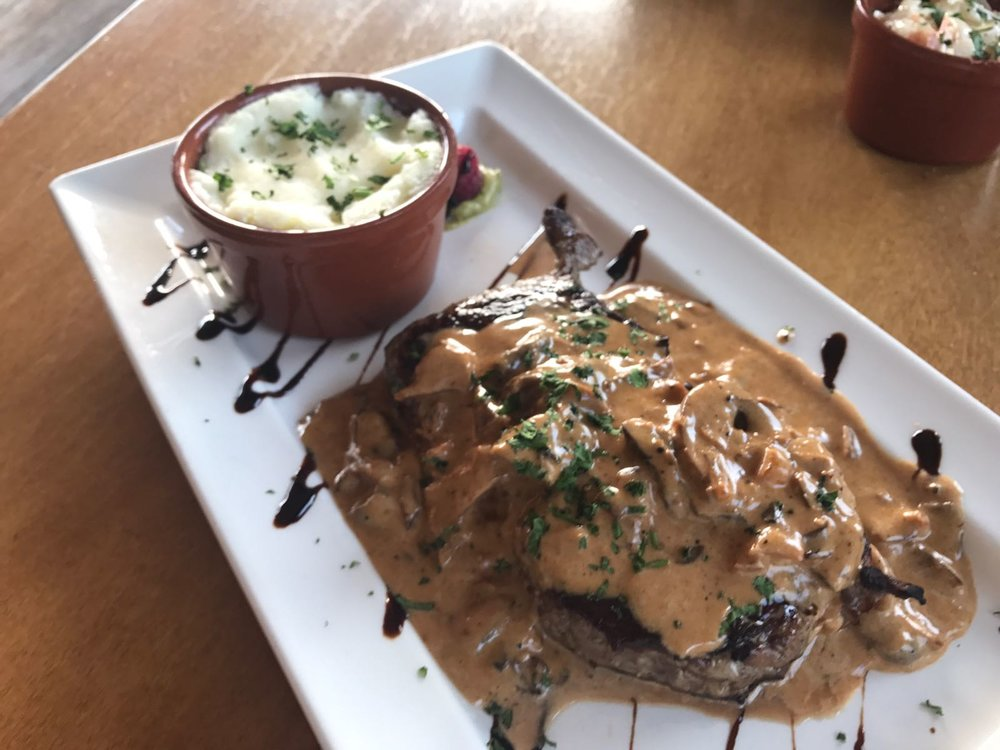 Sirloin steaj with mushroom sauce and mash