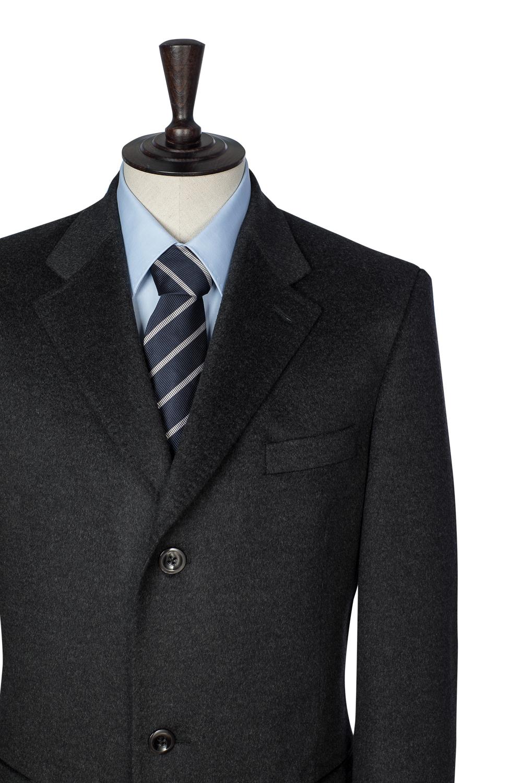 Mantel aus Wolle und Kaschmir.jpg