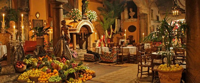 The outstanding beautiful main hall in ABACO, Palm.jpg