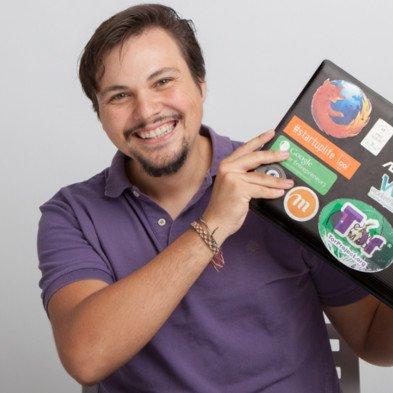 Programación   Carlos Boluda  Consultor en  NESSYS IT  + Impulsor  OpenBSA  + Organizador de  Betabeers Valencia  + Organizador  Space Apps Challenge (NASA)