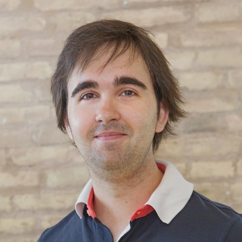Negocio   Álvaro Verdoy  CEO en  Sales Layer